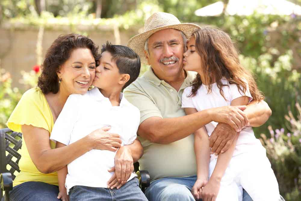 Hispanic-Grandparents---Poliard-law-firm