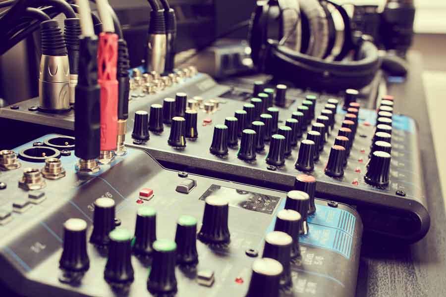 music-studio-equipment---poliard-law-firm